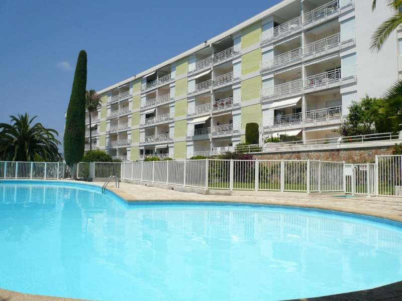 Cannes Holiday Rental, apartment, 4 people, AL395 - Photo